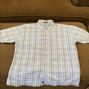 Men's Old Navy plaid button up shirt